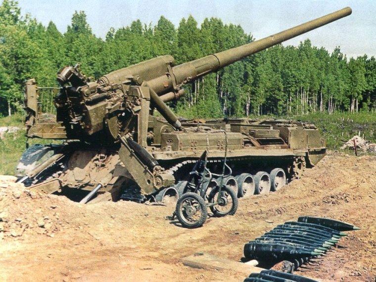 САУ 2С7 «Пион» в боевом положении