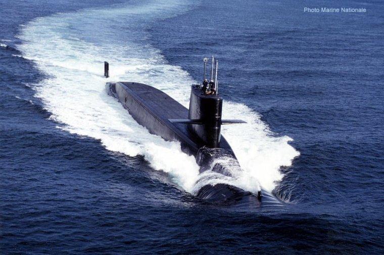 1362367494_sous-marin-le-tmraire