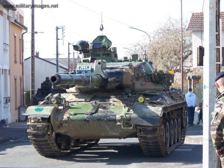AMX-30B2_2