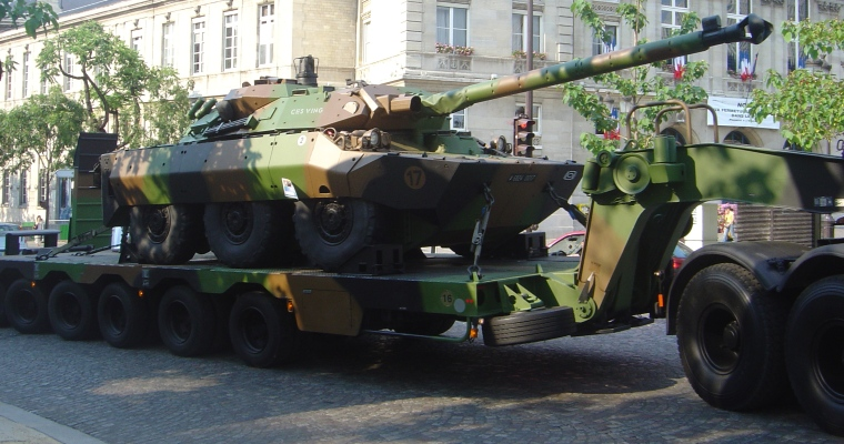 French_AMX10RC_on_trailer_dsc06908
